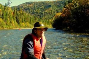 David Leblanc sur la rivière Assemetquagan